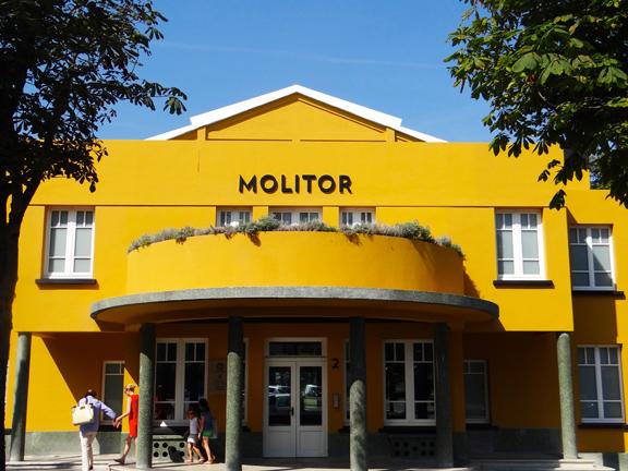 MOLITOR-4