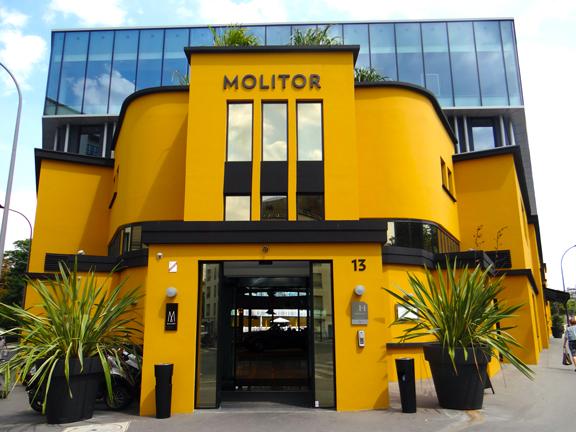 MOLITOR-6