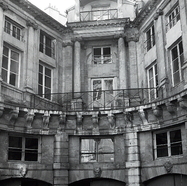 A-a-h de Beauvais cour n°8-9-93H
