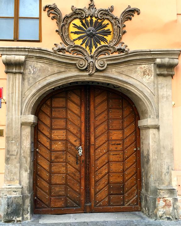 DOM 11-16-PRAGUE-20