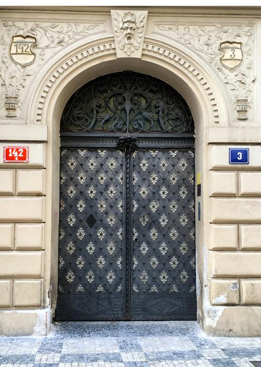 DOM 11-16-PRAGUE-21