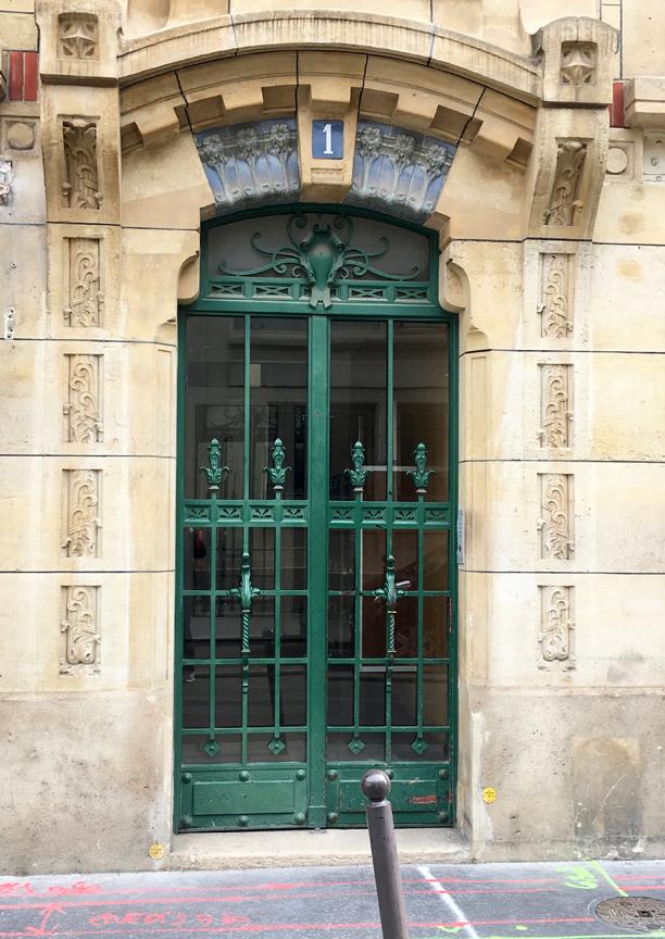 I\u0027ve been neglecting my doors of Paris in recent months for doors in places I\u0027ve traveled to. & I Prefer Paris: Door of the Month