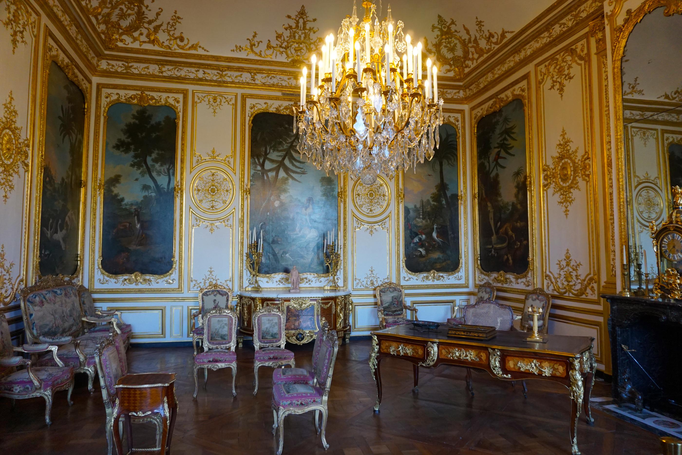 I Prefer Paris Day in Chantilly and Auberge du Jeu de Paume Hotel