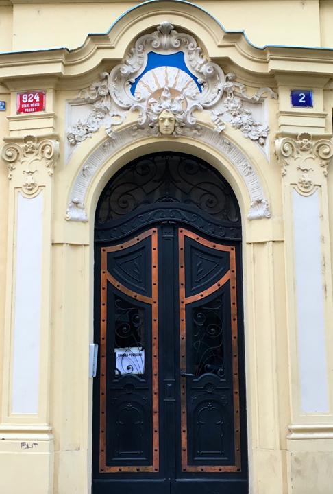 DOM 11-16-PRAGUE-15
