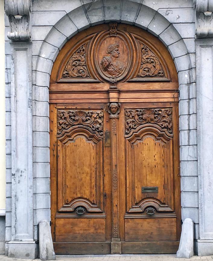 GHENT DOOR-1
