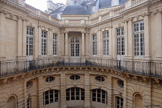 A-a-h de Beauvais cour 04-09DSC_3243