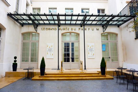 PERFUME MUSEUM-1