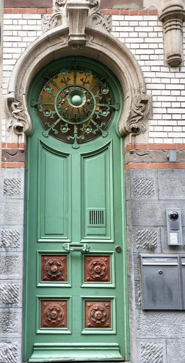 GHENT DOOR-3