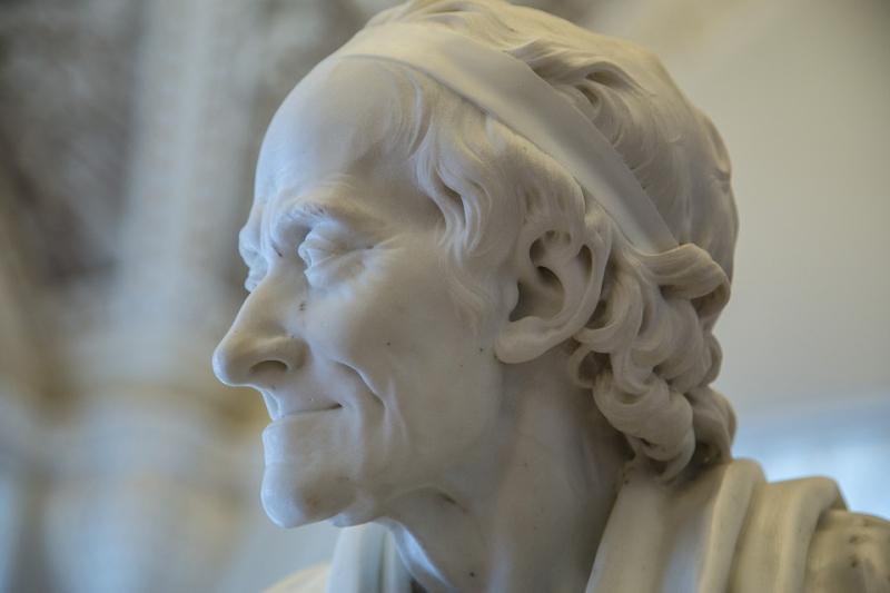 Voltaire-2702980_960_720