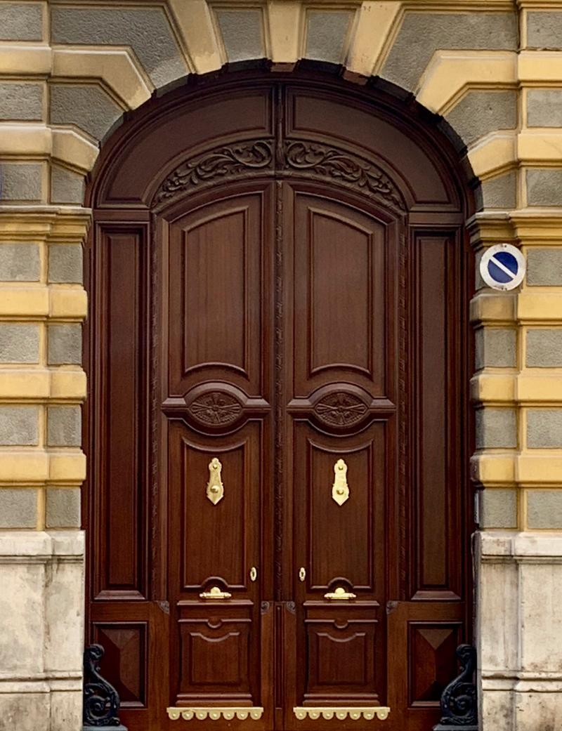 VALENCIA DOOR8