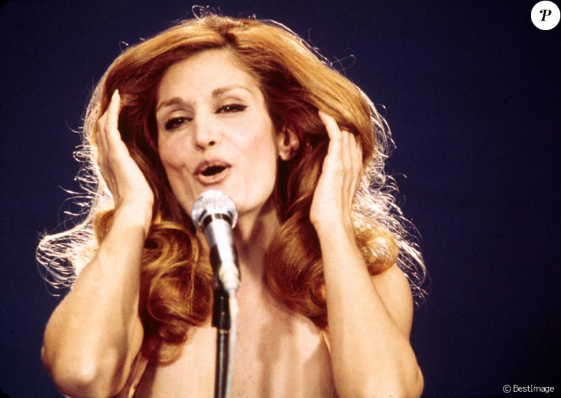 Dalida_officiel