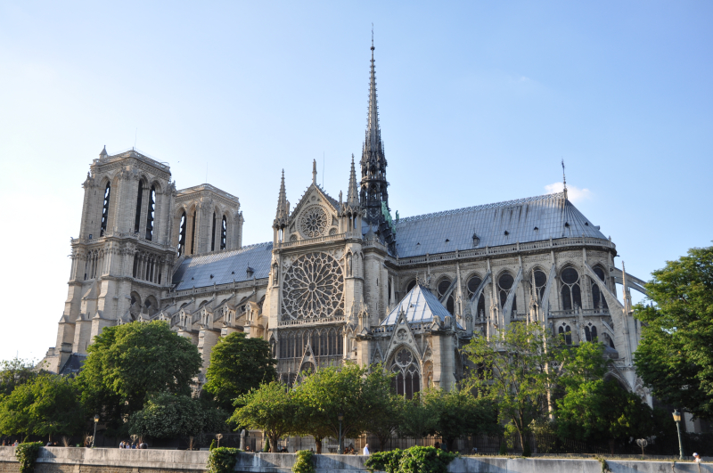 Cathédrale_Notre-Dame_de_Paris _3_June_2010