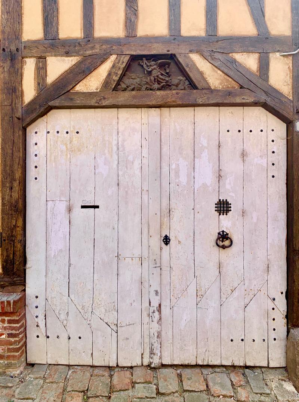 GERB. DOOR-13